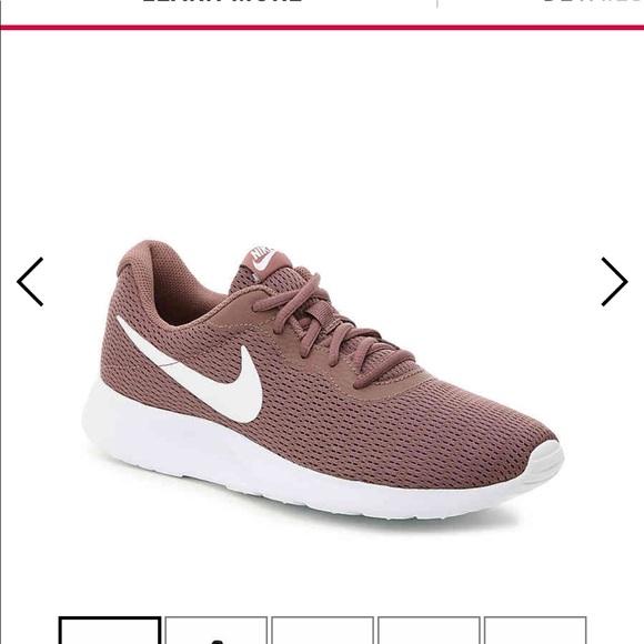 promo code 53302 14f3b Nike Tanjun Smokey Mauve Sneakers Size 8.5. M 5c5e366ba31c3393909fbab2